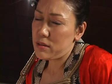 【個人撮影】『アカン』家に泊めた先輩に朝イチから中出しされちゃう関西弁女!生々しいハメ撮り映像が流