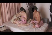 【素人SEX隠し撮り】経験1人の黒髪美人の締まるま●こ!02